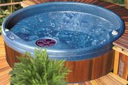 QuatroSpa Garden Hot Tub