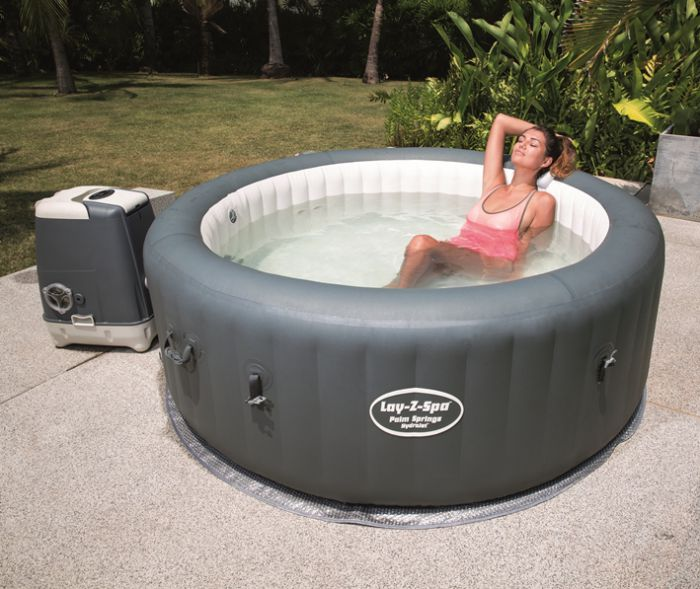 lay z spa palm springs hydrojet inflatable hot tub inflatable hot tubs. Black Bedroom Furniture Sets. Home Design Ideas