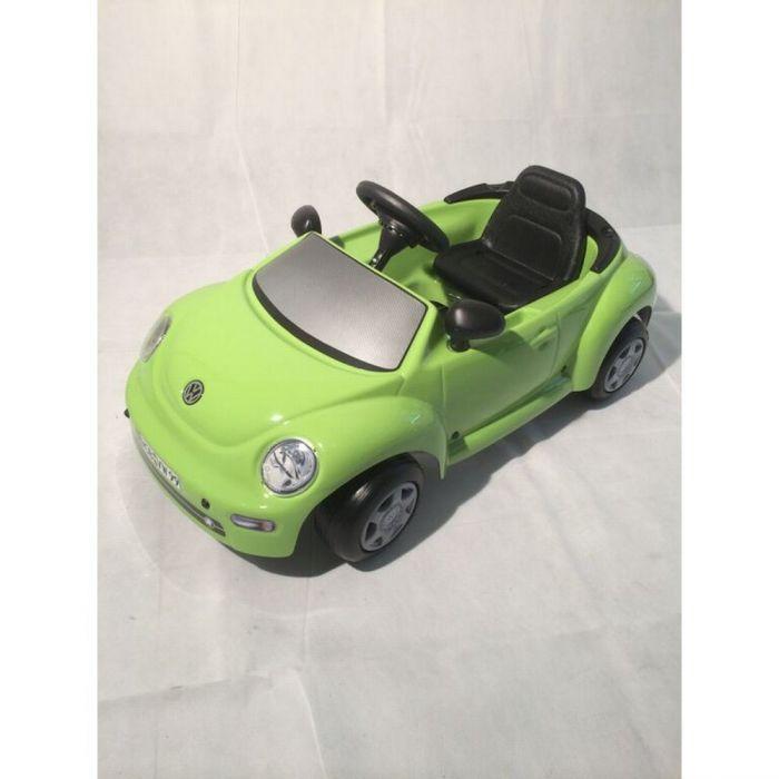 VW NEW BEETLE Green Pedal Car