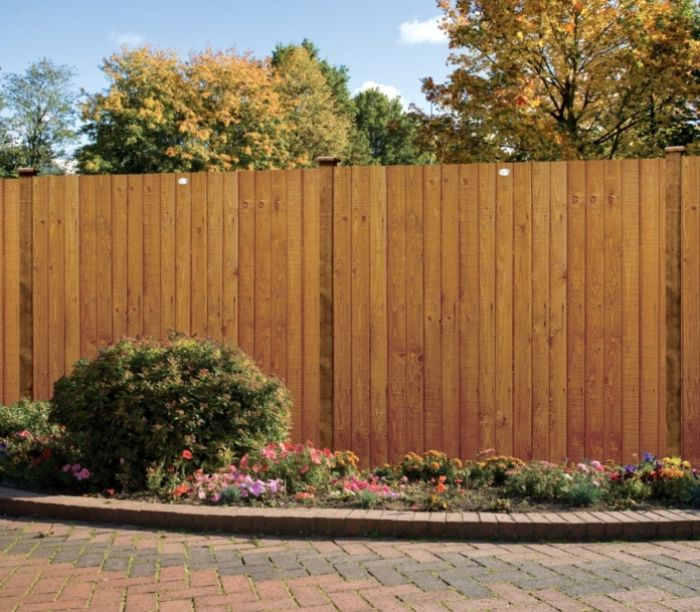 Standard featheredge fence panel grange fencing for Garden decking jewsons