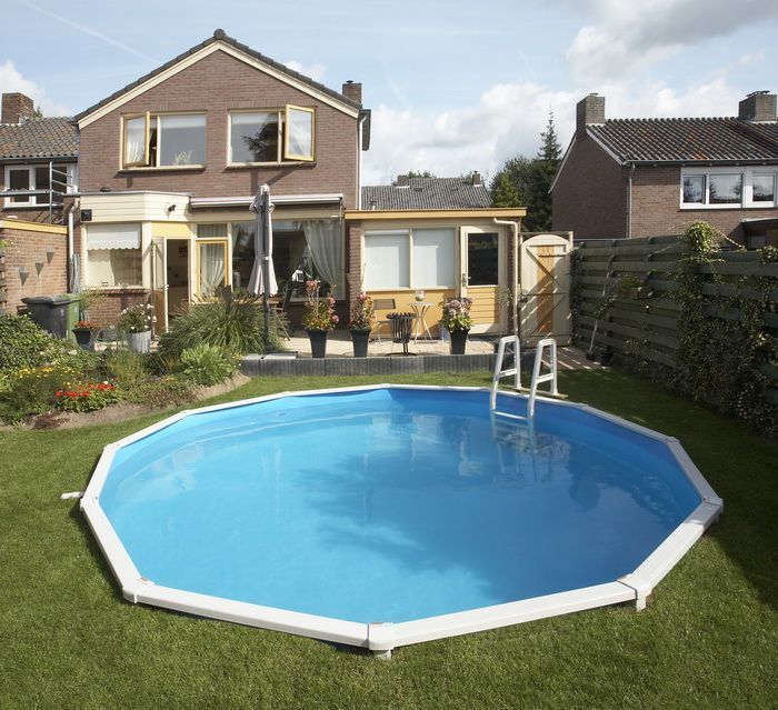 Doughboy regent round steel pool 15ft with standard kit steel pools for Standard swimming pool size uk