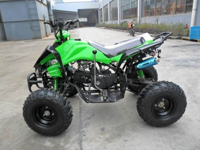 Predator 110cc 4 Stroke Quad Bike With Reverse - Green Thumnail #1