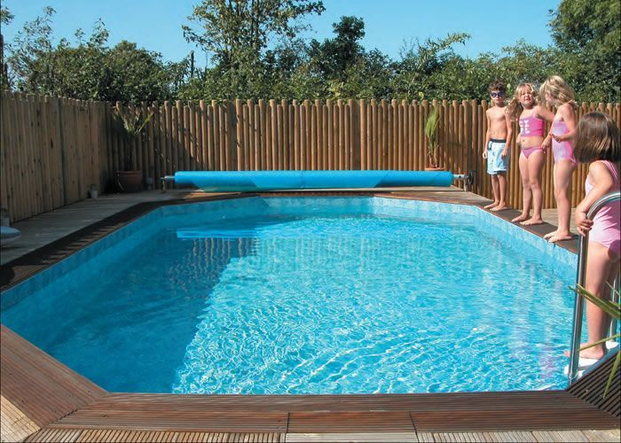 Westminster Stretched Octagonal Wooden Pool Plastica