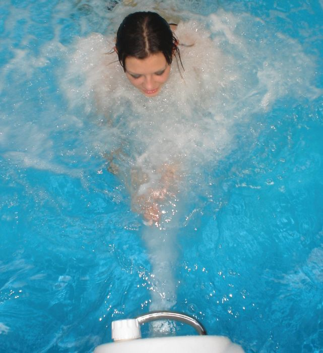 Wooden Exercise Wooden Pool With Aqua Jet 2.4m X 3.9m