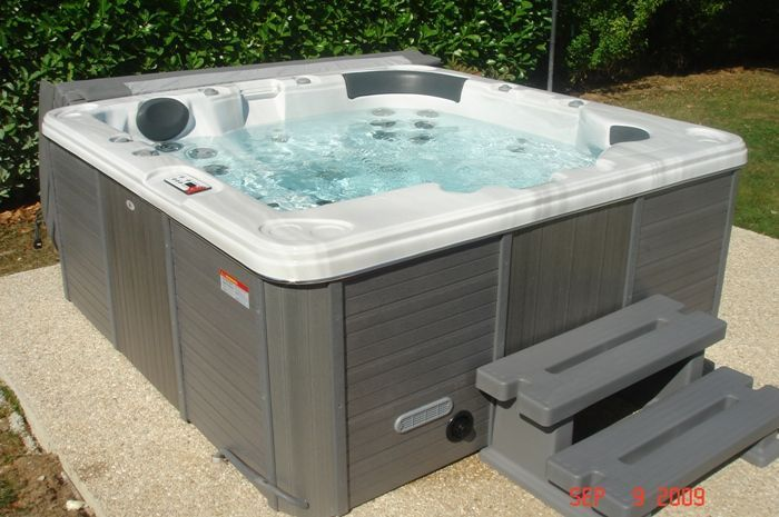 Canadian Spa Alberta Platinum Garden Hot Tub Garden Hot Tubs